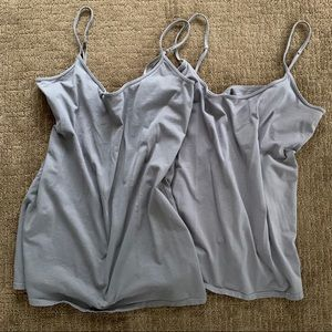 2 Old Navy Fitted Grey Tank Tops - XL